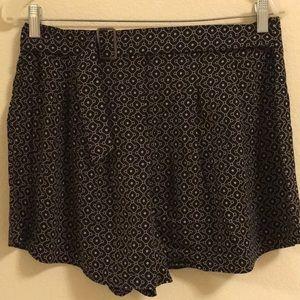 Like new soft shorts size M